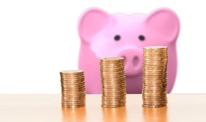 Assurance-vie ou investissement immobilier : où placer son épargne ?